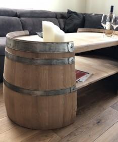 Langer Couchtisch aus Weinfasshälften natur