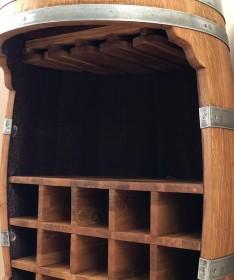 Weinfassbar mit Flaschenregal und Glashalter geölt