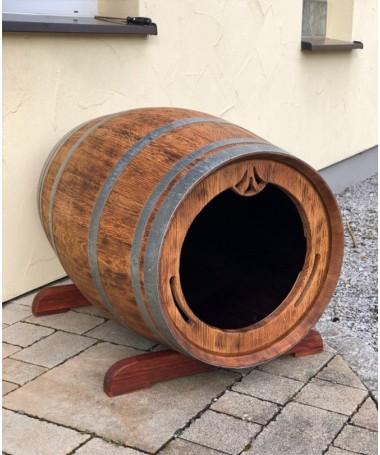 Hundehütte aus gebrauchtem Weinfass rustikal